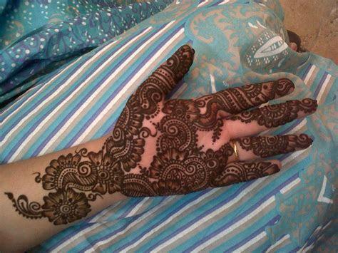 Bridal Mehndi Designs: pakistani Mehndi and Henna Designs