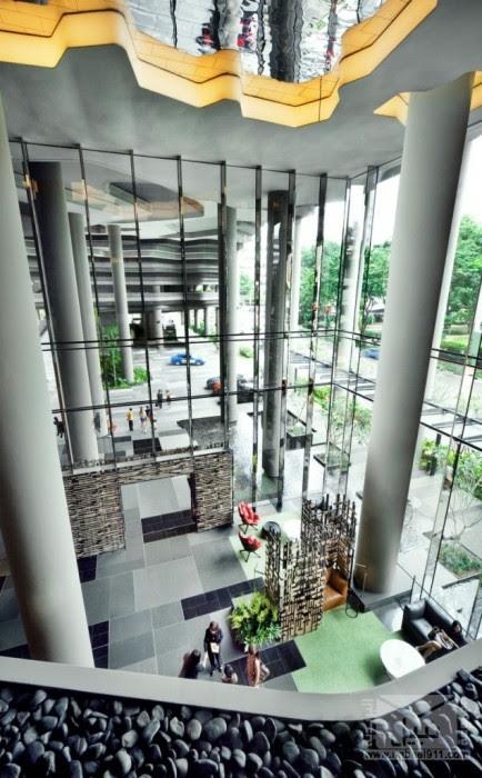 parkroyal-sky-garden-hotel-9-636x1024