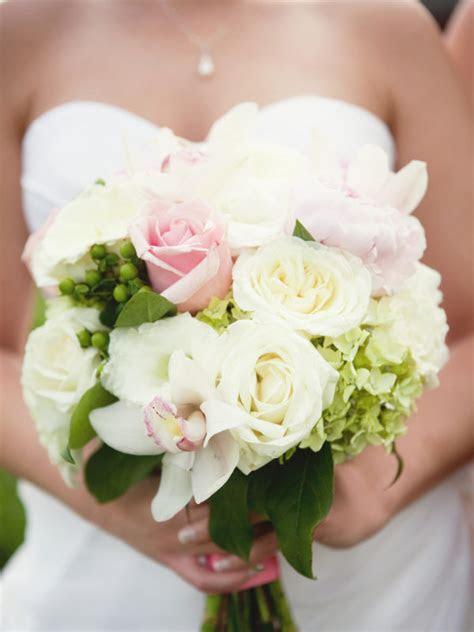 Abbington Distinctive Banquets Wedding by Ashley Biess