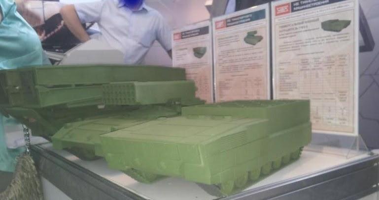 Модели перспективных боевых машин на стенде УВЗ
