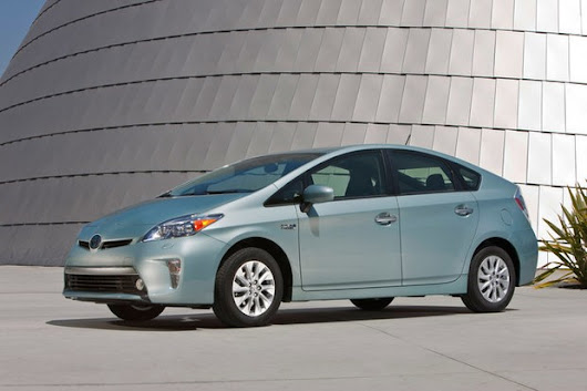 Toyota, dealership at legal odds over effectiveness of prior Prius recall | MLive.com