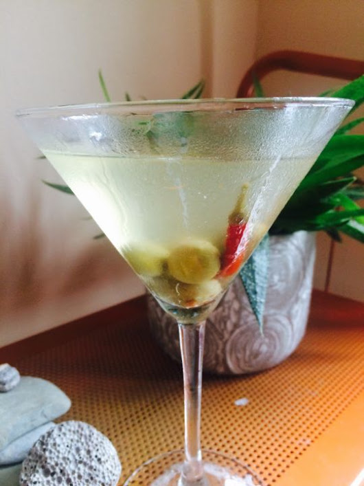 Perfect Gin Martini (Dirty) - WORT 89.9 FM