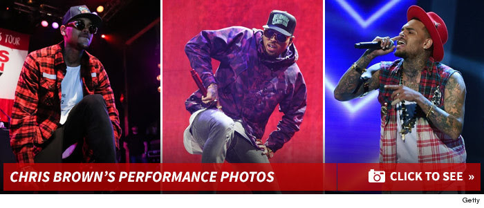 0224_chris_brown_live_footer