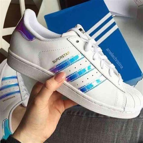 11% off Adidas Shoes   Sz7 Superstar Adidas Hologram White