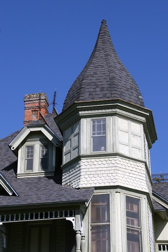 downes-aldrich house detail (baby in window)