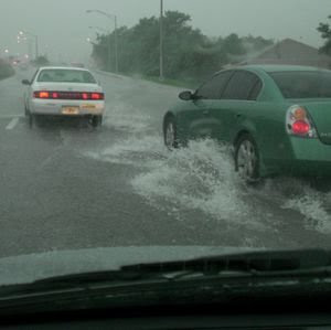 1636367-driving-in-the-rain-2