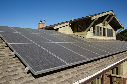 Does Getting Solar Make Sense For Your Home? Here's What To Consider