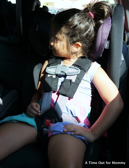 Keeping kids comfortable and safe on car rides - A Time Out for Mommy