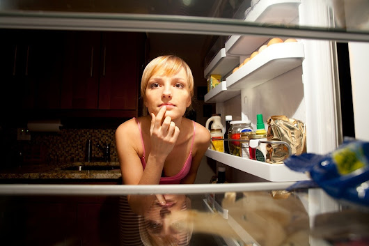 15 foods nutritionists keep in their fridges