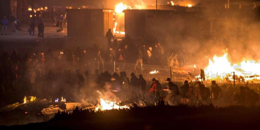 Résultats de recherche d'images pour «Grande-Synthe incendie»