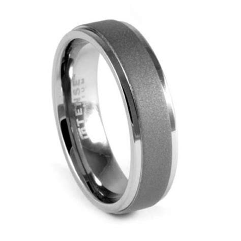 The most beautiful wedding rings: Tungsten mens wedding