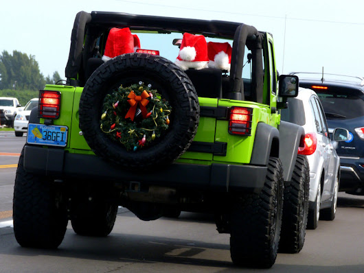 Jingle Bells For Jeep Owners: 4 Must-Have Jeep Gift Ideas This Holiday Season | The Jeep Guide