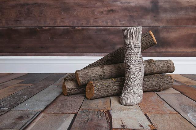bas tricotés Confo par Stephanie Voyer