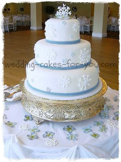 Festive Christmas Wedding Cakes And Christmas Cake