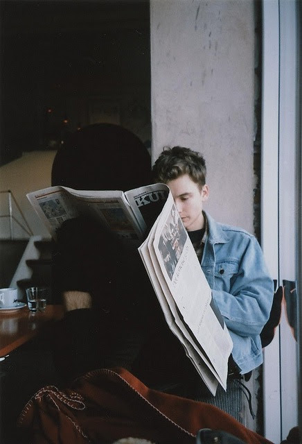 cafe, grunge, guy, hipster, indie, newspaper, photography, reading, tumblr, vintage