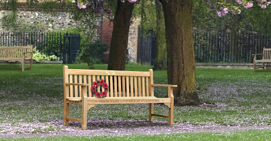 Carving or plaque? Best ideas to personalise your memorial bench
