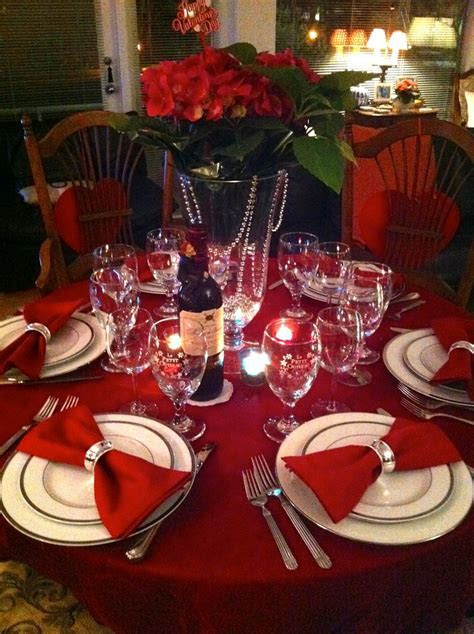 Best 25  Red table settings ideas on Pinterest   Table