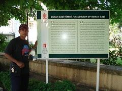 Di Perkarangan Makam Osman Gazi, Bursa, Turkey