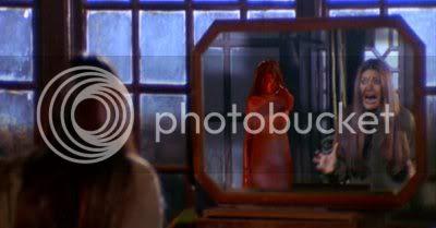 http://i298.photobucket.com/albums/mm253/blogspot_images/Raaz/PDVD_033.jpg