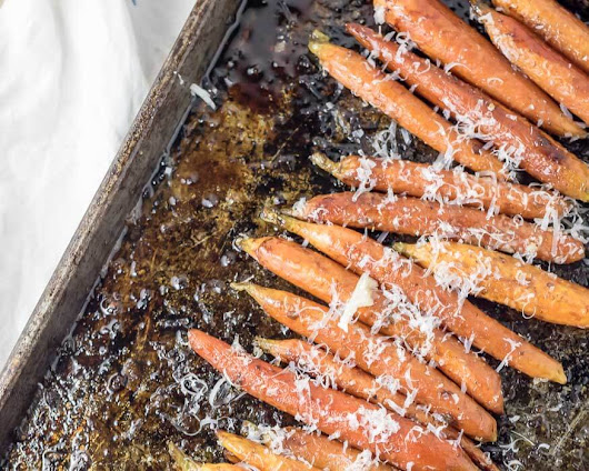 Balsamic and Garlic Roasted Carrots with Parmesan | infinebalance