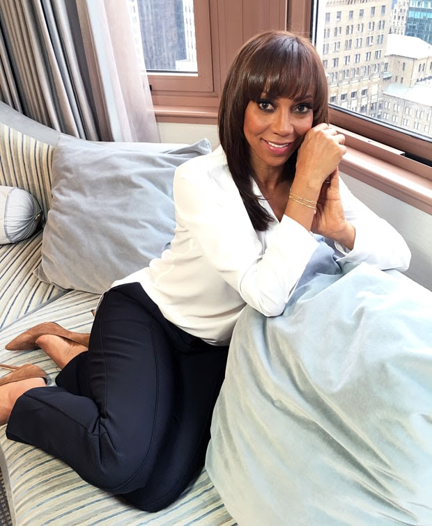 Stella & Dot + Holly Robinson Peete Autism Awareness
