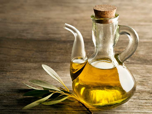11 Proven Benefits of Olive Oil