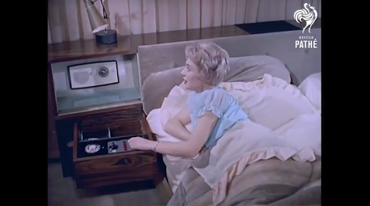 A Real Layabouts Dream – Luxury High Tech Bed: A Gadget Lover's Fantasy (1959)
