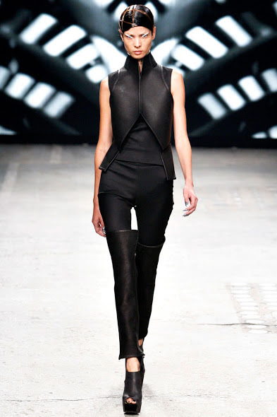 Gareth Pugh Spring/Summer 2012/13 Women's Collection