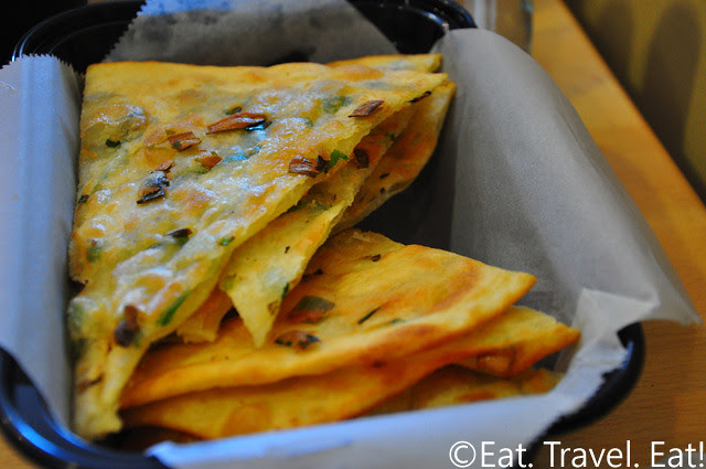 Easy Earthen, Rowland Heights, CA: Green Onion Pancakes