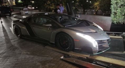lamborghini veneno  delivered    owner