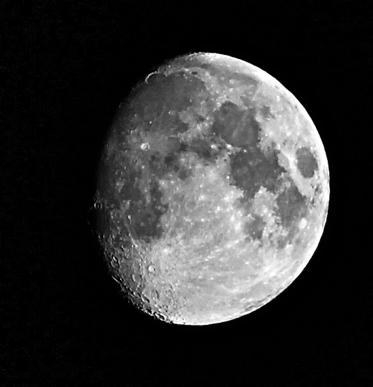 The Moon: 10 Surprising Lunar Facts