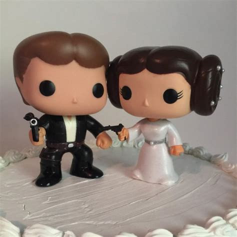 Han Solo And Princess Leia Funko Pop Wedding Cake Topper