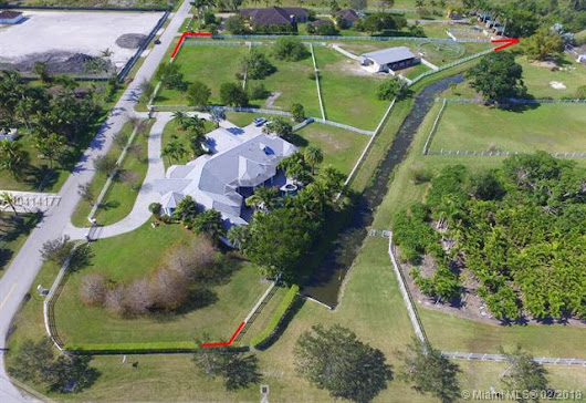 17801 SW 50th St, Southwest Ranches, FL 33331 (MLS #A10414177) :: Green Realty Properties