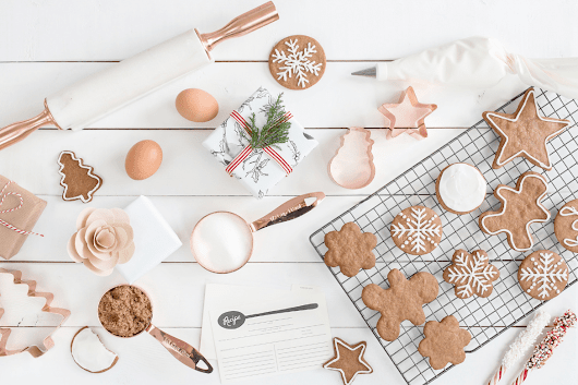 25 Easy Christmas Cookie Recipes To Rock Your Holiday Cookie Exchange - Savvy Honey