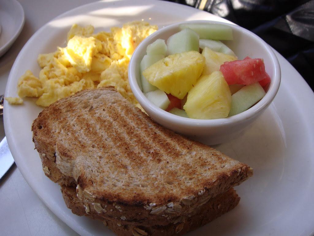 Scrambled Eggs & Fruit