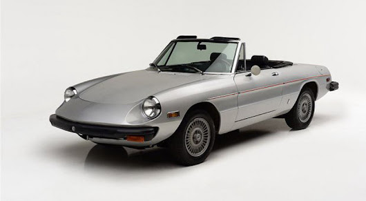 Alfa Romeo Spider Owned by Muhammad Ali On Sale - eXtravaganzi