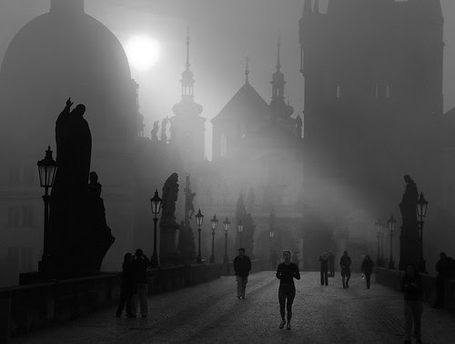 Prague autumn morning. por Ian@NZFlickr