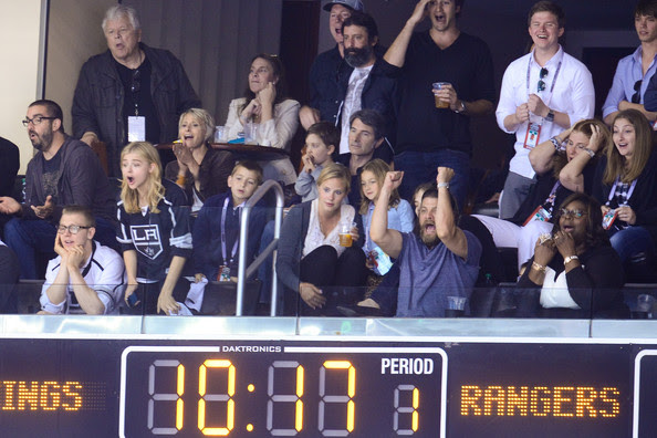 Chloe Grace Moretz (L-R) Ethan Moretz, Chloe Moretz, Jay R. Ferguson and Retta attend a hockey game between the New York Rangers and the Los Angeles Kings in Game Two of the 2014 NHL Stanley Cup Final at the Staples Center on June 7, 2014 in Los Angeles, California.