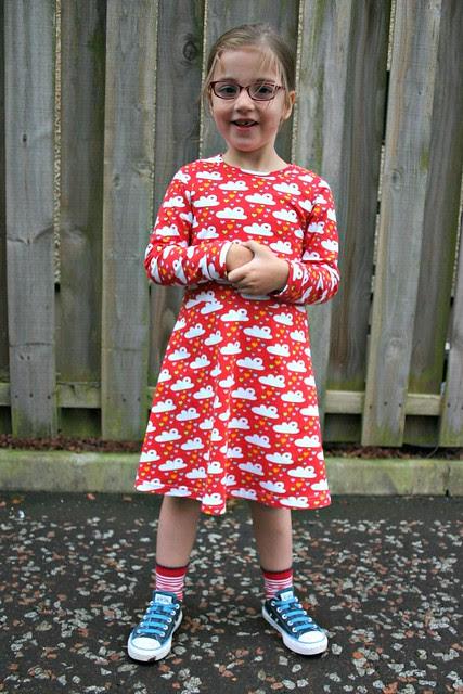 red cloud dress full 3
