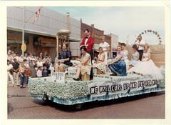 Parade. 1960