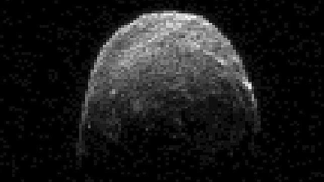 Captan imágenes del gran asteroide que se acerca hoy a la Tierra