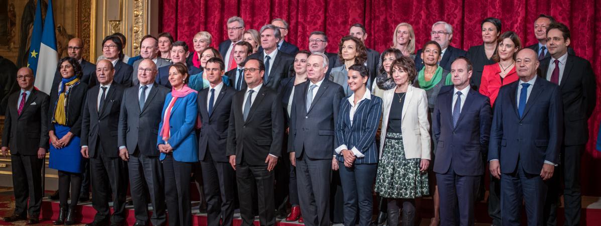 Le gouvernement Valls III pose à l'Elysée, le 17 février 2016.