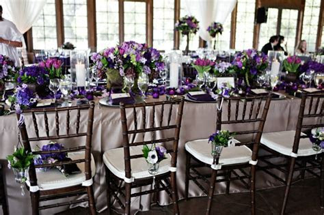 Fall Wedding Palette: Eggplant, Moss and Ivory   Nearlyweds