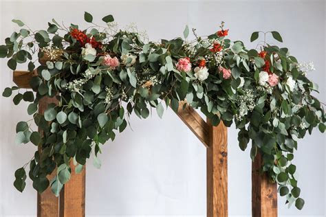 How to Make an Arch for Your Wedding
