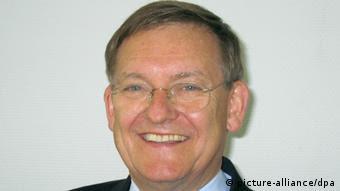Robert Schmucker, experto en armas de largo alcance.