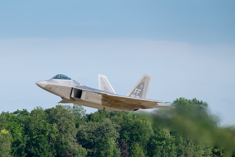 F-22 Raptor taking-off