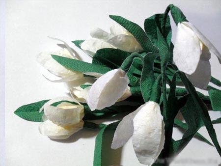 Как украсить цветки