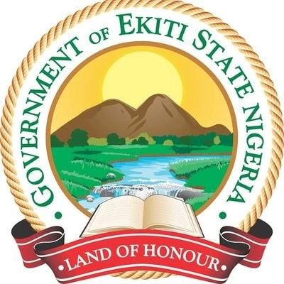 EKITI STATE PAYS STUDENTS TEN THOUSAND NAIRA EACH.