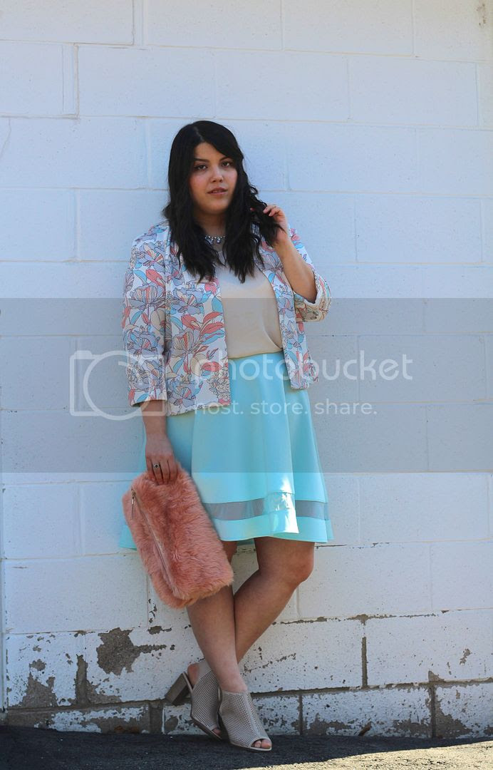 plus size fashion pastels mark and spencer pastel blazer cooat mesh skirt plus size fashion canada toronto Jessica Ip clothes and shit