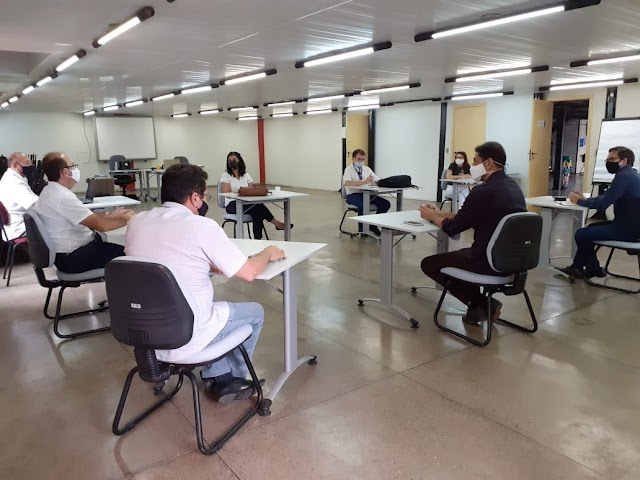 SEDECI e SEBRAE discutem projetos econômicos para Juazeiro do Norte